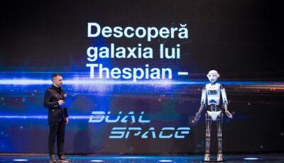 A început marea călătorie prin galaxia Dual Space: Peste 100 de tineri au venit la bordul aeronavei să descopere alături de robotul Thespian și copilotul său, planeta Industrie Textilă
