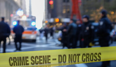 Un tânăr de 20 de ani, împușcat mortal în timp ce încerca să facă o farsă pentru a o posta pe youtube