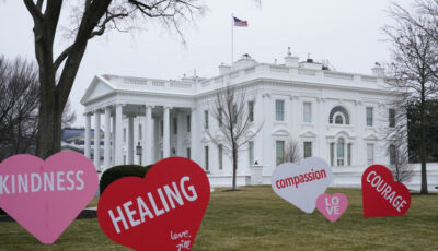 Prima Doamnă a SUA a decorat Casa Albă cu inimioare și mesaje, de Valentine's Day