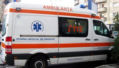 Un copil cu febră și convulsii a murit în drum spre spital. Prima ambulanță a fost trimisă fără medic