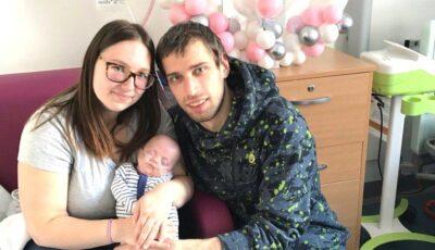 Supraviețuirea miraculoasă a unui bebeluș care s-a născut cu greutatea de 500 grame