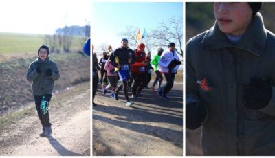 Un copil din Moldova care a alergat în galoși 12 km, în cadrul unui maraton, a emoționat o lume întreagă