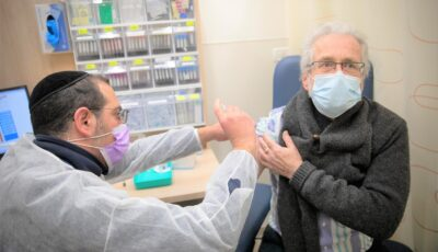 Israelul anunță că vaccinarea a redus cu aproximativ 50% cazurile de Covid-19 la persoanele de peste 60 de ani