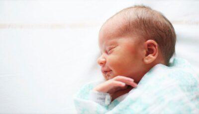 Premieră în Franța: O femeie cu uter transplantat a dat naștere unui fetițe sănătoase