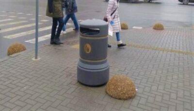 Primăria Chișinău anunță despre achiziționarea altor 50 de coșuri de gunoi, în valoare de circa 8 mii de lei fiecare
