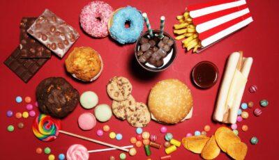 Mai multe țări din Europa au adoptat legi care taxează zahărul adăugat în alimente
