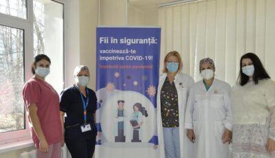 Din 5 martie, începe vaccinarea tuturor cadrelor medicale din țara noastră