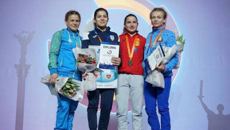Foto: Două sportive din Moldova au urcat pe podium la turneul internațional din capitala Ucrainei