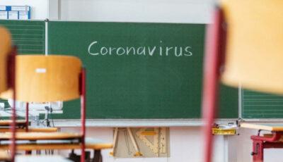 Țara se află în apogeul pandemiei. Tinerii au lansat o petiție prin care cer revenirea la ore online
