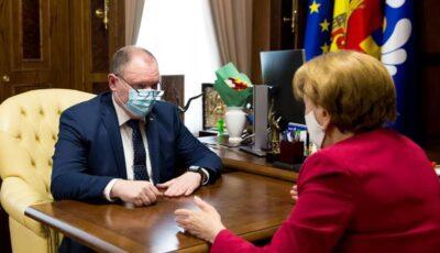 Zinaida Greceanîi: Restricții mai dure, fără lockdown