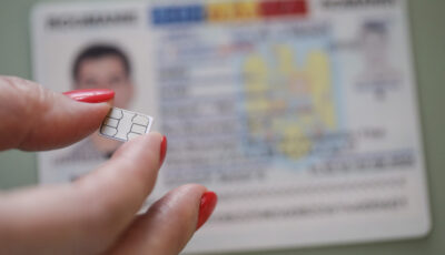 """Cetățenii români vor avea carduri electronice de identitate. Ce se întâmplă cu cei care nu vor dori ,,buletin cu cip"""""""
