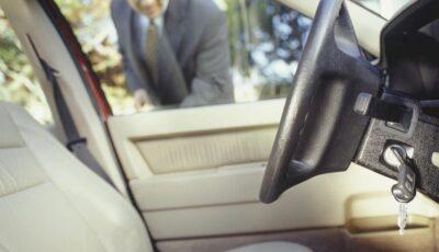 Bărbatul care se chinuie de 17 ani să ia permisul de conducere. A picat la examenul teoretic de 192 de ori