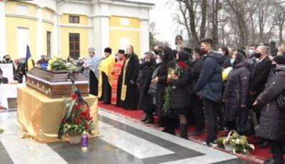 Nicolae Dabija, condus pe ultimul drum! Imagini de la funeralii