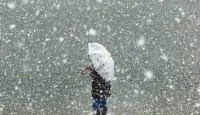 Ninge spectaculos în câteva localități din Moldova. Zăpada se așterne