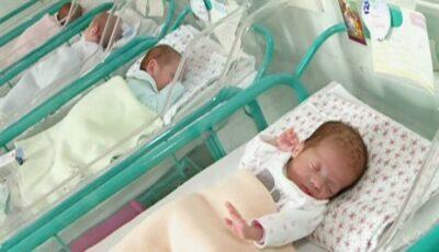 O femeie din Iași, însărcinată cu patru băieței, s-a infectat cu Covid-19. Care este starea mamei și copiilor după naștere?