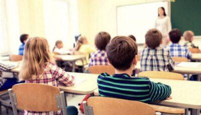 Elevii din clasele gimnaziale și liceale vor avea o nouă disciplină școlară