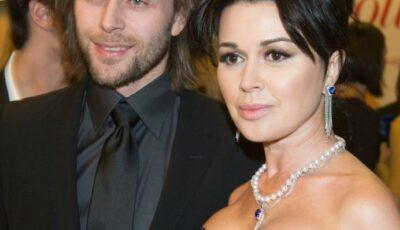 Fiul Anastasiei Zavorotnyuk a renunțat la numele de familie al mamei sale