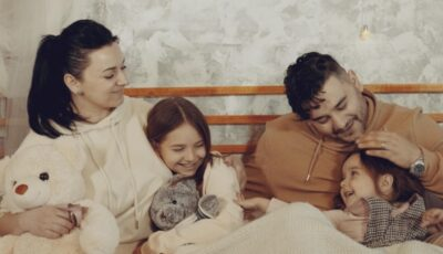 Valentin Uzun a lansat o piesă nouă dedicată celor două fetițe ale sale, Amelia și Alisa