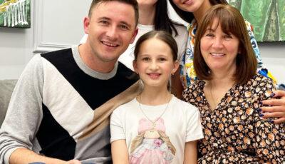 Emilian Crețu și-a sărbătorit mama. Care a fost singura dorință a mamei de ziua ei