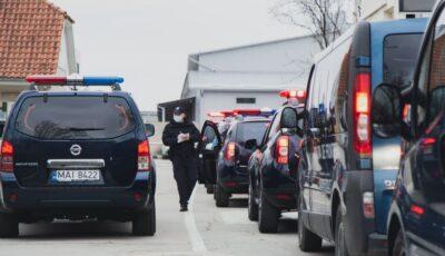 Trafic intens la frontieră. Moldovenii revin acasă de sărbători