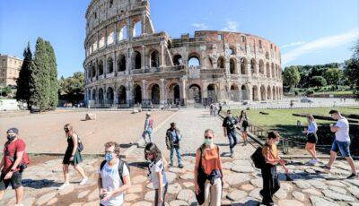 Turiștii care vor sosi în Italia, de la începutul lunii iunie, vor trebui să prezinte un certificat de vaccinare