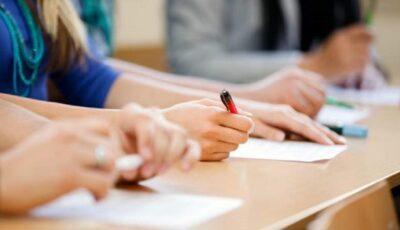 Autoritățile se pregătesc pentru organizarea examenelor absolvenților din clasele a IX-a și a XII-a. Testele ar putea să includă mai puține sarcini decât în anii precedenți