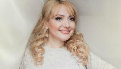 Adriana Ochișanu, felicitare emoționantă pentru sora ei stabilită peste Ocean