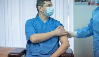 Oficial: În Moldova se constată o scădere cu 82,5% a incidenței Covid-19 în rândul personalului medical