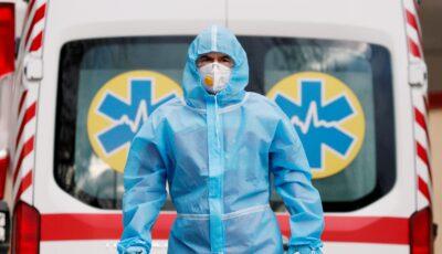 România oferă gratuit Ucrainei combinezoane, măşti de protecţie şi viziere, din stocurile de urgenţă medicală