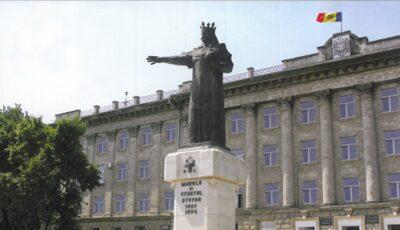 """După capitală, și în Bălți sunt permise plimbările. Renato Usatîi: restricția """"nu are logică"""""""
