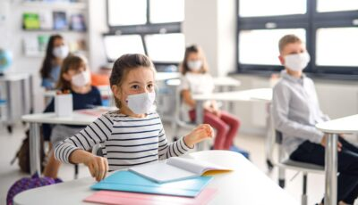 268 de școli din țară activează cu prezența fizică a tuturor elevilor