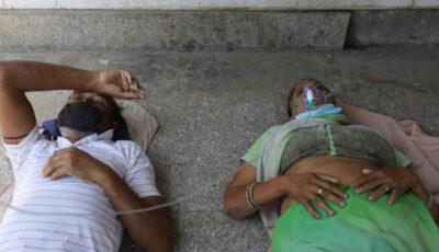 Oamenii din India mor din cauza lipsei de oxigen