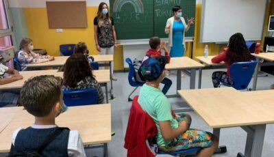 Italia redeschide şcolile cu prezenţa copiilor în clase și va introduce testul de salivă pentru elevi