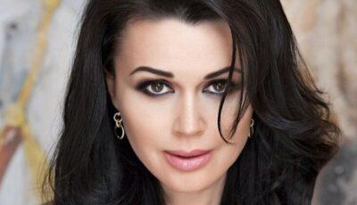 Anastasia Zavorotnyuk a împlinit astăzi 50 de ani