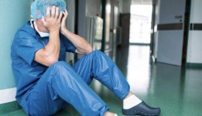 Șoc. Un medic care trata pacienți Covid la terapie intensivă s-a sinucis