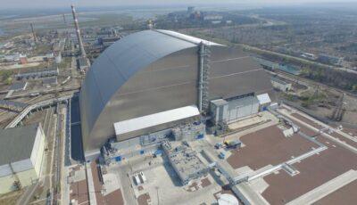 """Alertă la Cernobîl. Reactorul explodat ,,s-a trezit"""". Oamenii de știință semnalează că au reînceput reacțiile de fisiune nucleară"""