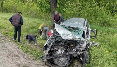 Accident teribil. Microbuz de rută, avariat la Bălți. 8 oameni răniți