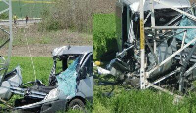 Microbuz din Moldova, implicat într-un grav accident în Bulgaria