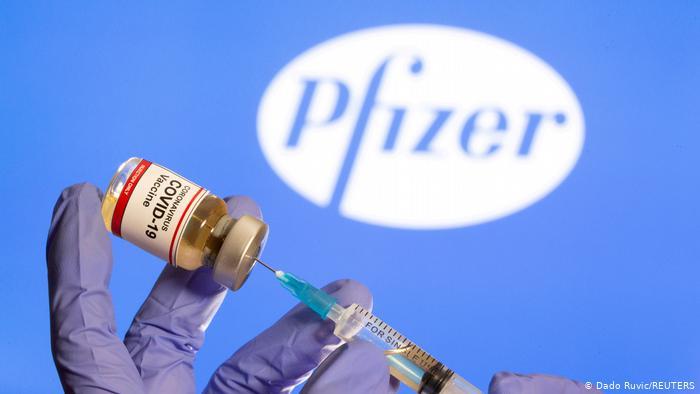 Foto: Decizie importantă anunțată astăzi. Vaccinul Pfizer poate fi depozitat la frigider, la temperaturi obișnuite, până la 30 de zile