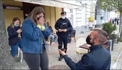 Cerere în căsătorie cu jandarmi și cutiuță suspectă. Viitoarea mireasă a rămas fără glas