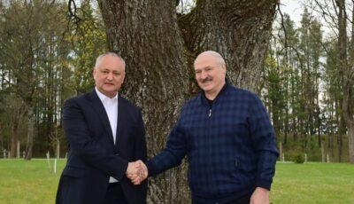 Igor Dodon și Alexandr Lukașenko, întâlnire cordială în Belarus