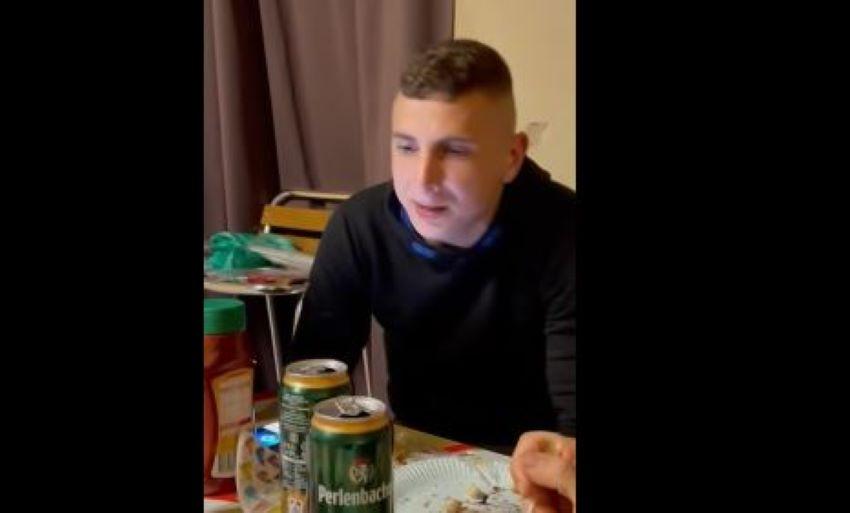 Foto: Un tânăr moldovean care muncește în Germania a compus o piesă despre viața în străinătate. Clipul a devenit viral!
