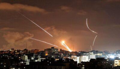 Raidurile israeliene au ucis aseară încă 42 de oameni în Gaza, dintre care cel puţin opt copii şi doi medici