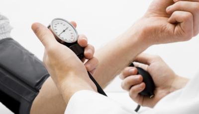 Fiecare al doilea moldovean suferă de hipertensiune arterială