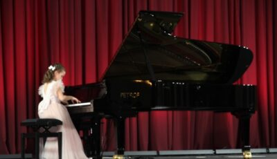 """Un pian """"Petrof"""" a fost donat Filarmonicii Naționale """"Serghei Lunchevici"""""""