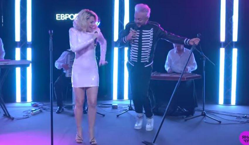 """Duet Natalia Gordienko și Filip Kirkorov. Vezi cum au interpretat artiștii piesa """"Smugleanka"""""""