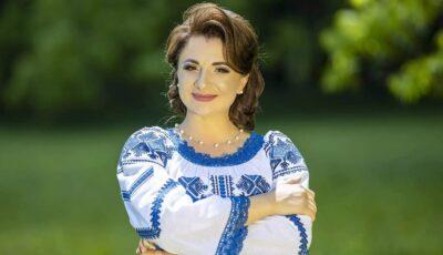 """Bucurie în familia interpretei Cristina Ceauș: ,,Să vă trăiască. Sunteți minunați"""""""