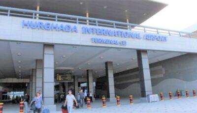 Moldoveni cu copii mici, blocați două zile în aeroportul din Egipt. Vacanță cu final copleșitor