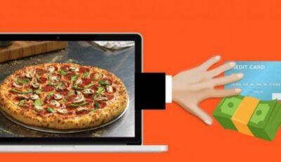 """O nouă escrocherie: poți rămâne fără bani pe card ,,comandând pizza sau alte produse de catering"""". Poliția avertizează!"""