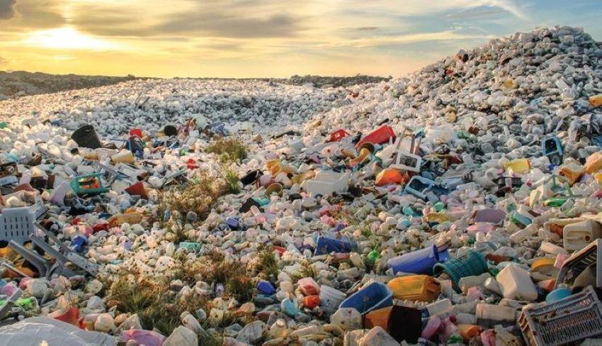 Doar 10% din deșeuri sunt reciclate în Moldova. În țara noastră, plasticul și deşeurile menajere rămân în sol pentru totdeauna